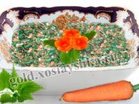 Салат из моркови с крапивой и чесноком