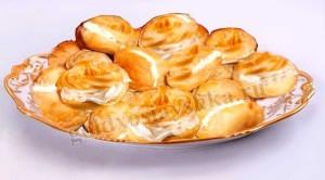 Заварные булочки со сливками
