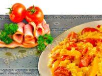 Яйца в помидорах