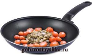 Баклажаны с помидорами черри