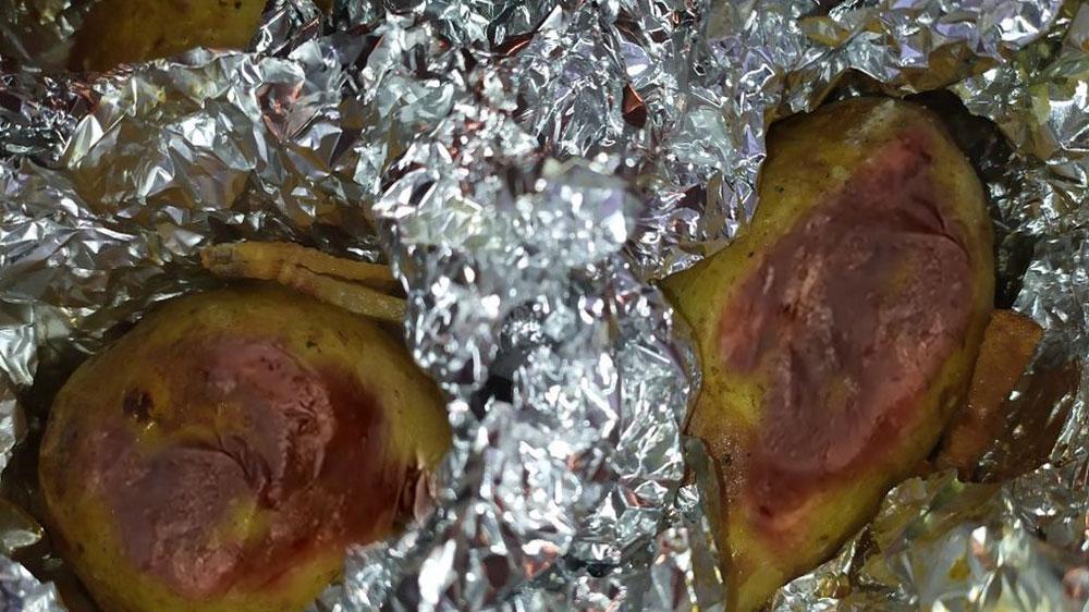 Картофель запеченый в фольге
